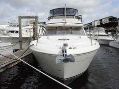 Яхта Meridian 411
