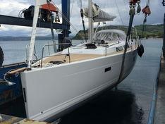 Яхта Hanse 445