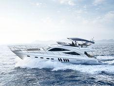 Яхта Sealine T60