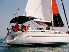 Яхта Bavaria 42